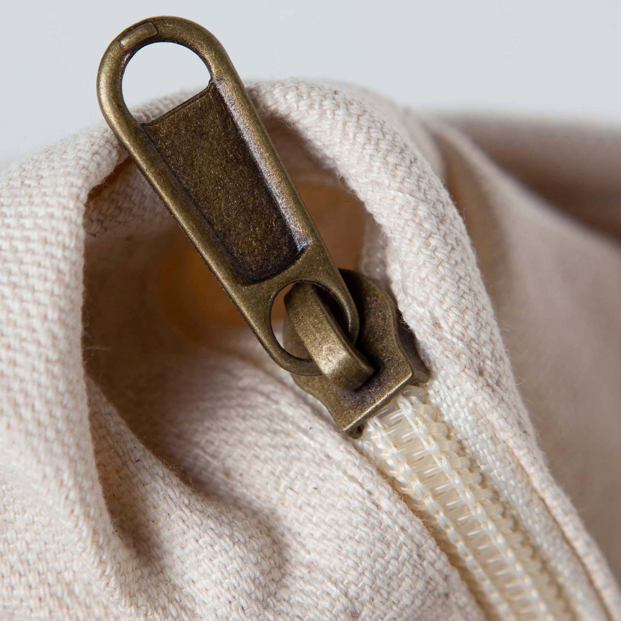 Top zip closure