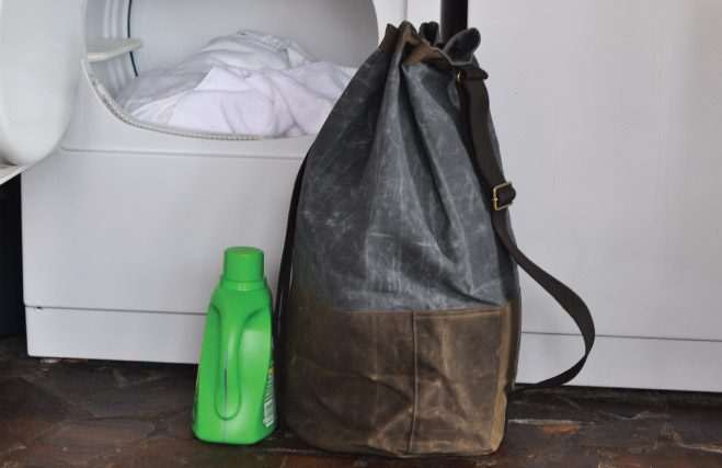 wholesale-waxed-canvas-laundry-duffel-olive-bag