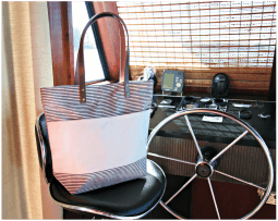 Casual Tote Gray Stripes & Leather