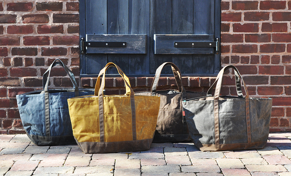 Our Favorite Canvas Totes for the Autumn Season