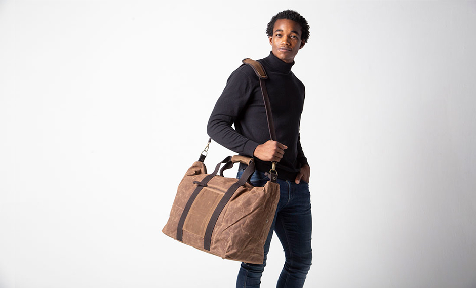 Why Waxed Canvas Travel Bags are so Popular
